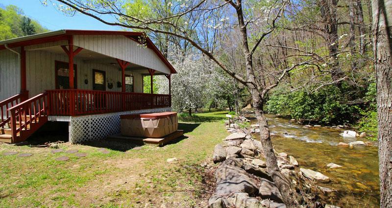 Bryson city cabin rentals cherokee nc cabins nantahala for The cabins at nantahala